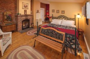 The Charlotte suite room at Farmers Guest House