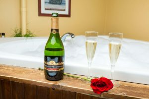 galena bed and breakfast accommodation with wine and bathtub
